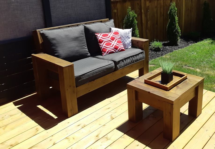 Outdoor Loveseat made from reclaimed wood