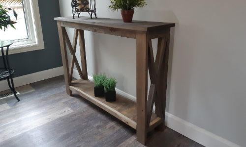 Rustic Hallway Table final finished appearance 2